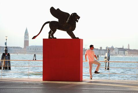 Con-The-Reluctant-Fundamentalist-si-apre-il-Festival-di-Venezia
